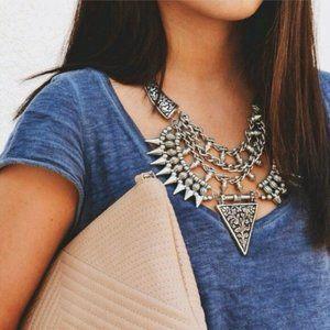 Karis' Kloset Jewelry - Jewelry   Tribal Chic Necklace